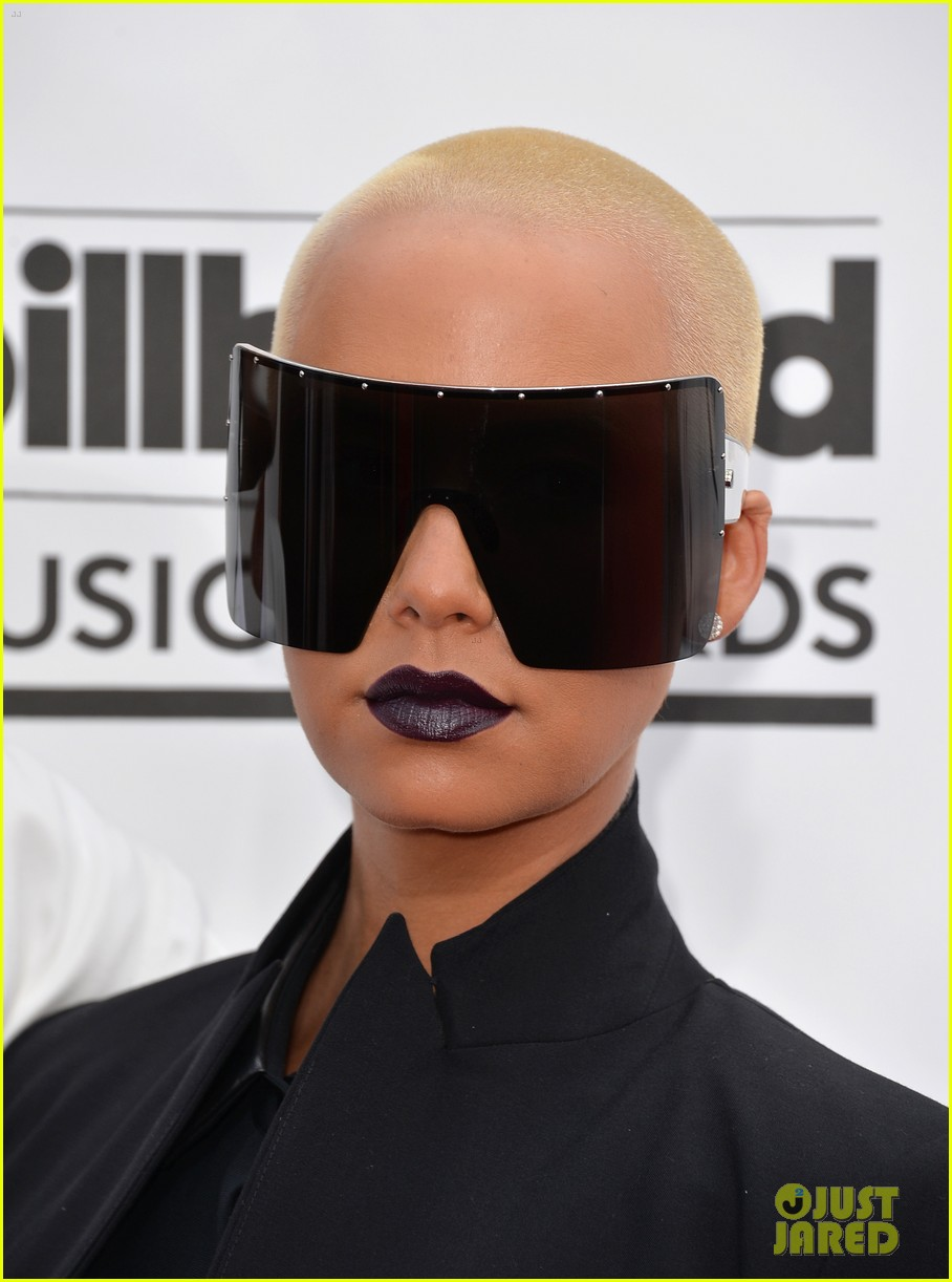 amber rose wears huge sunglasses at billboard music awards 2014 with wiz khalifa 053116807
