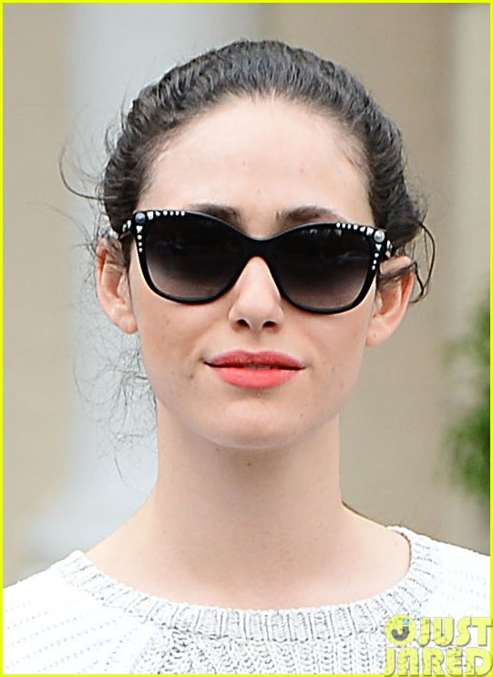 emmy rossum has a blast with michael buble on their flight03