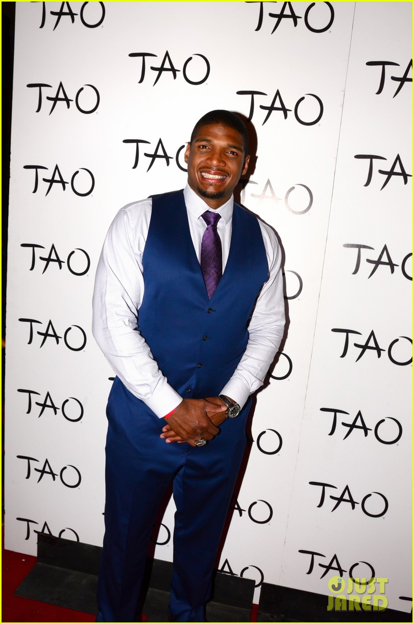 michael sam boyfriend vito party in vegas after nfl draft 013111472