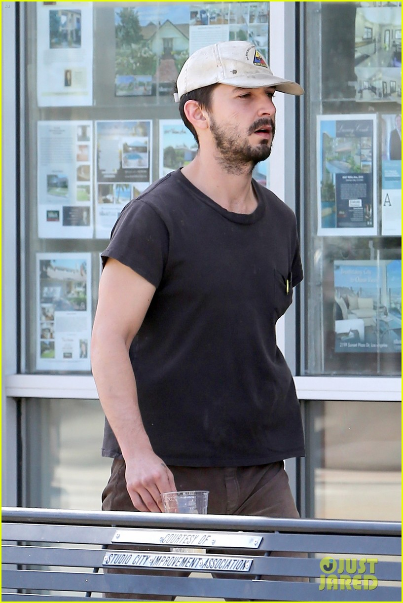 shia labeouf gives us a quick peek at his bare torso 043102990