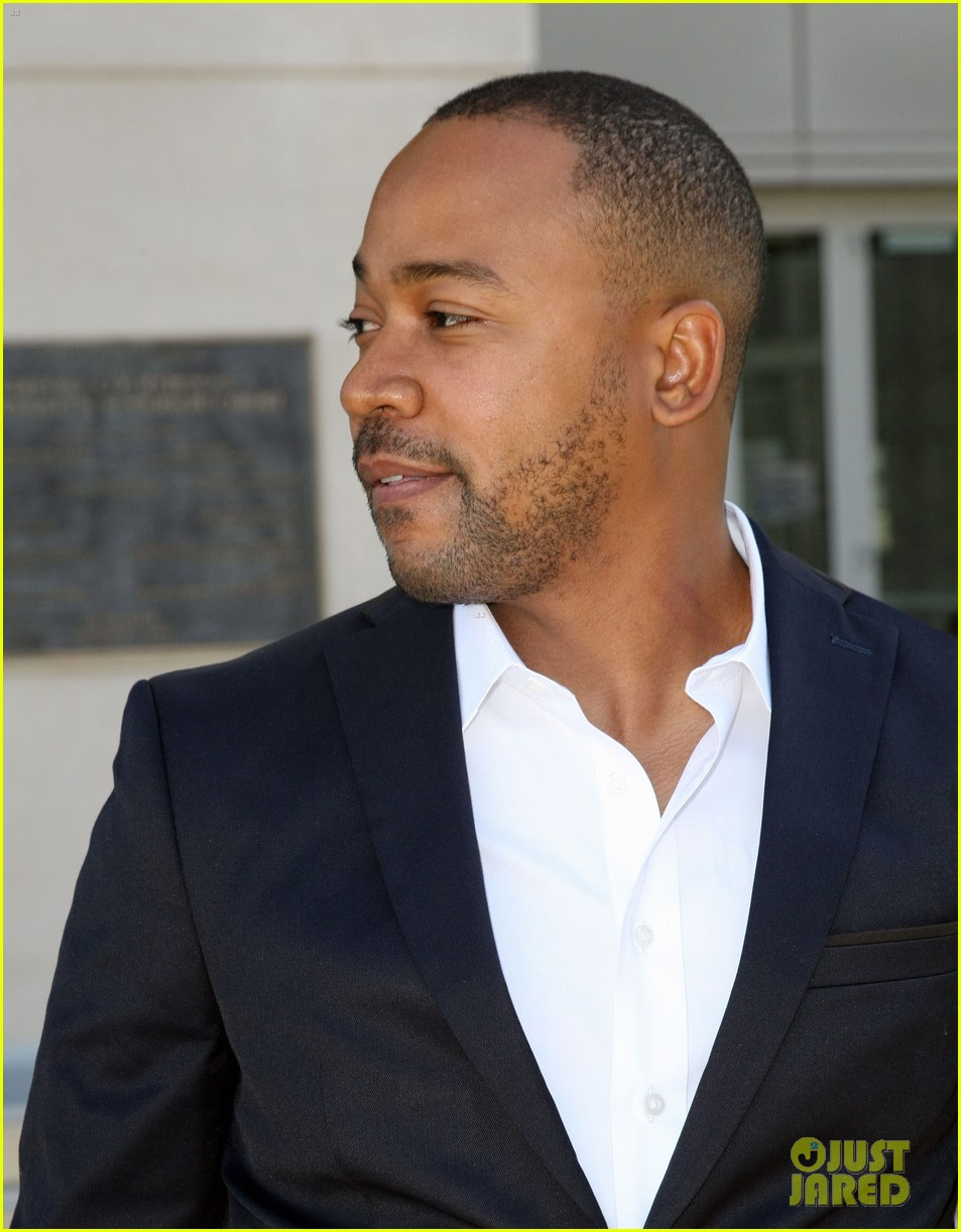 columbus short pleads not guilty to felony battery 063114192