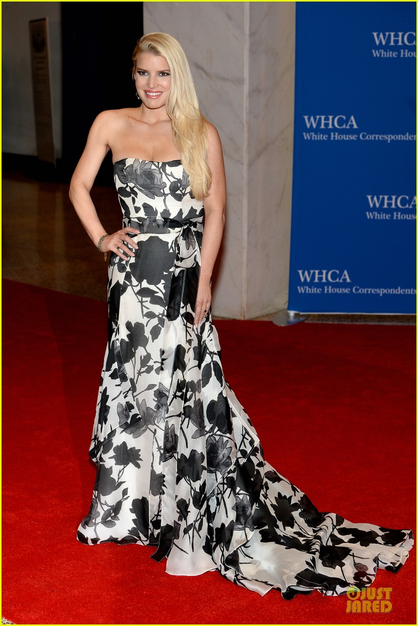 jessica simpson eric johnson white house correspondents dinner 2014 07
