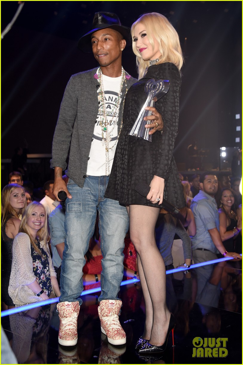 gwen stefani iheartradio music awards 2014 143103642