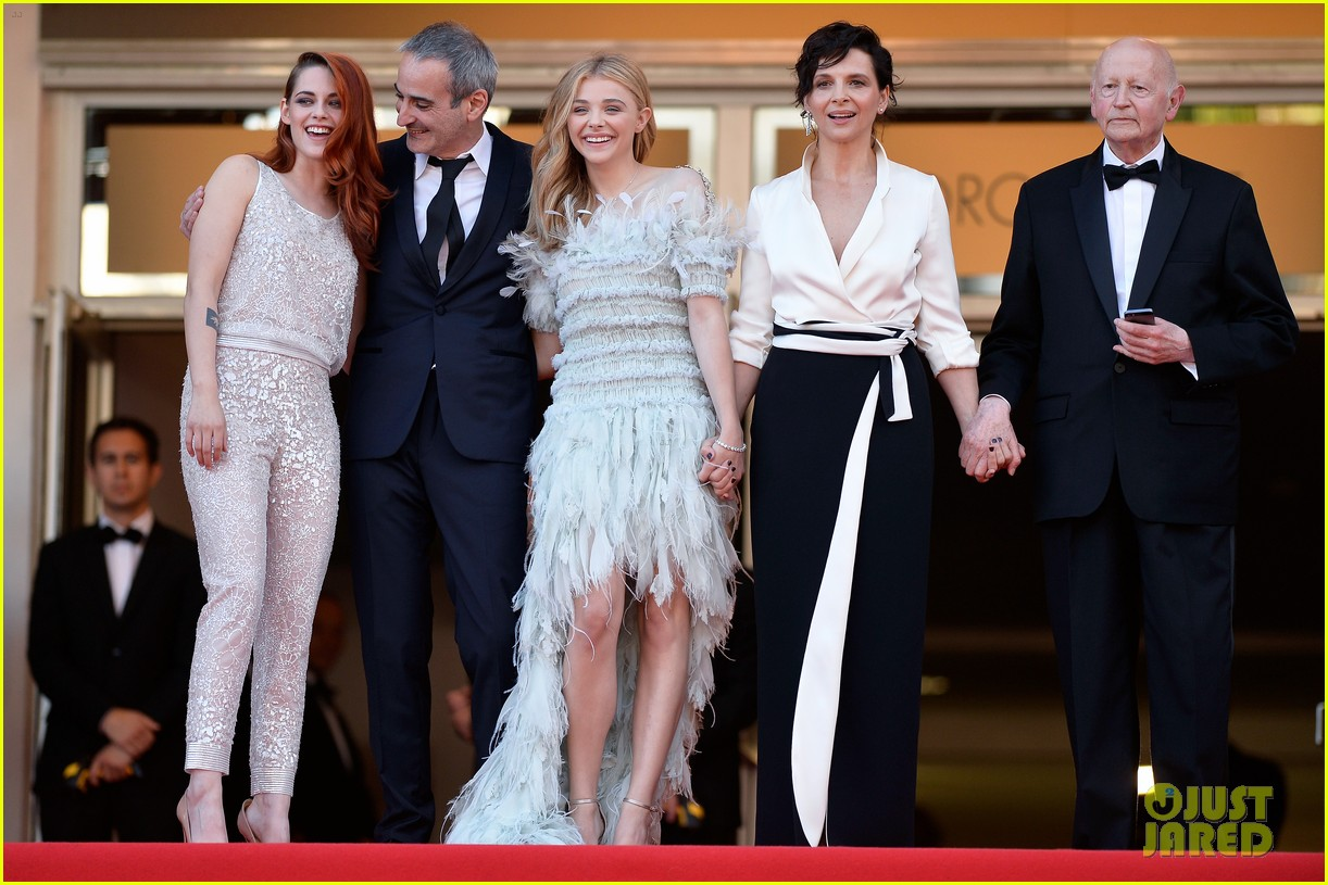 kristen stewart chloe moretz are chanel chic at cannes sils maria premiere 07
