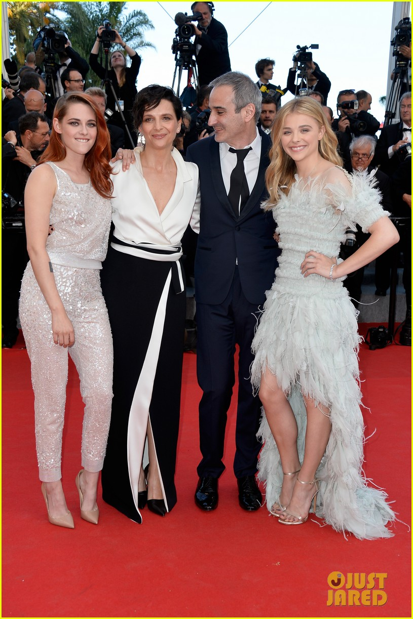 kristen stewart chloe moretz are chanel chic at cannes sils maria premiere 183120602