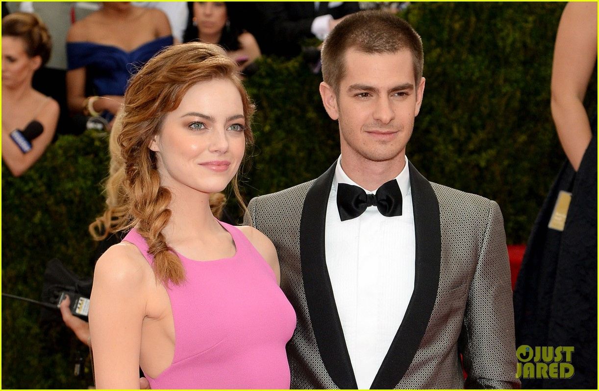 andrew garfield only has eyes for emma stone at met ball 2014 053106148