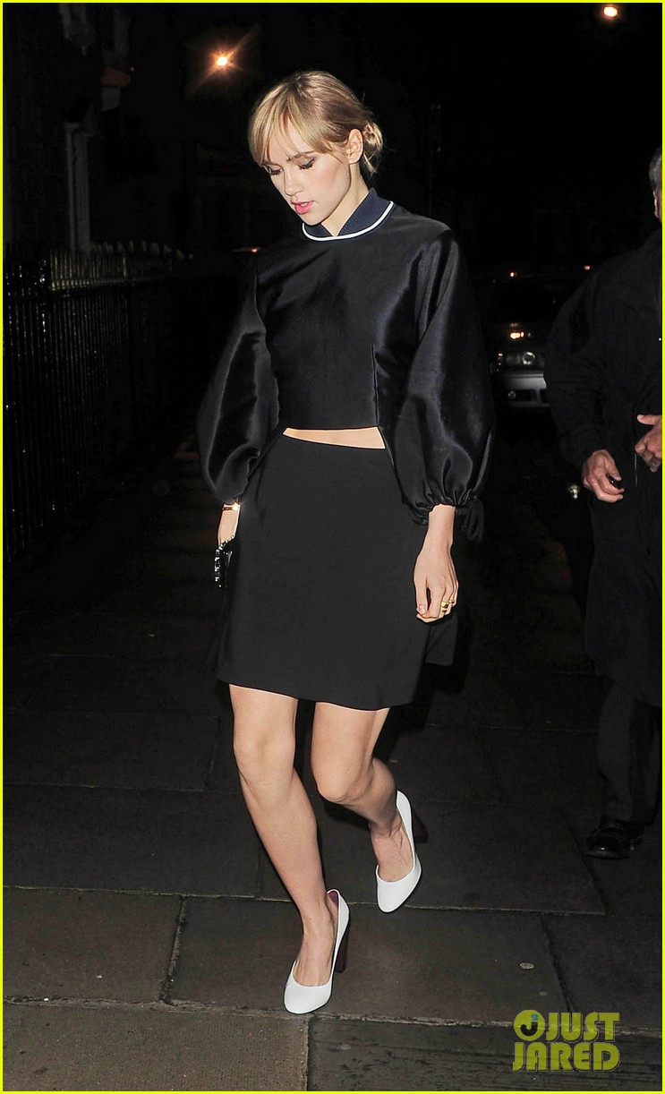 cara delevingne suki waterhouse look so glamorous for night out 14