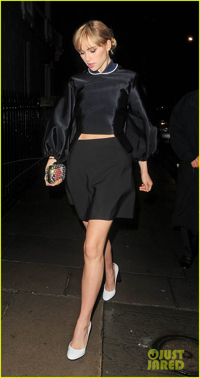cara delevingne suki waterhouse look so glamorous for night out 18