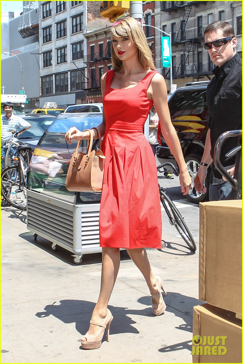 taylor swift red dress meredith met gown 10