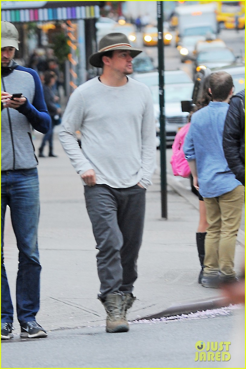 channing tatum hangs out in new york jenna dewan attends ae upfronts 063109100