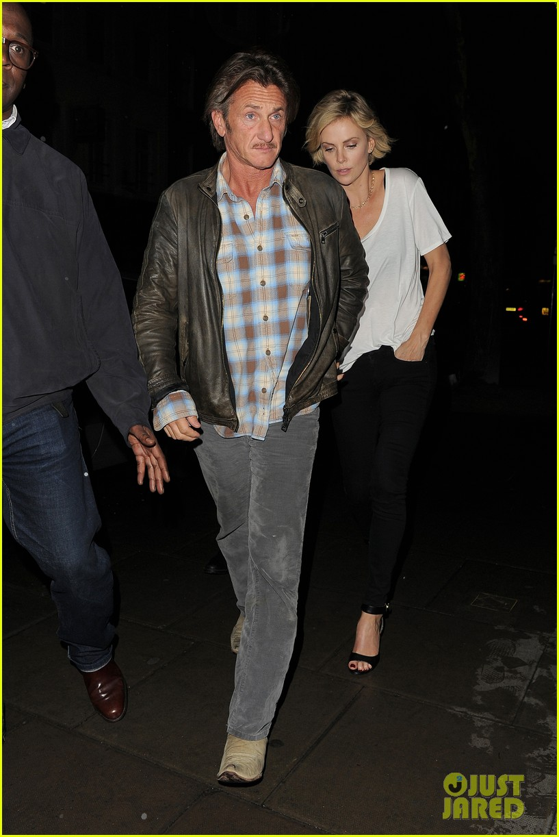 charlize theron sean penn step out for memorial day dinner 083122502
