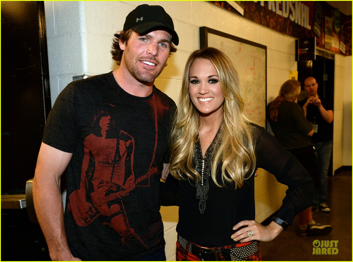 carrie underwood mike fisher were all 4 the hall concert 02