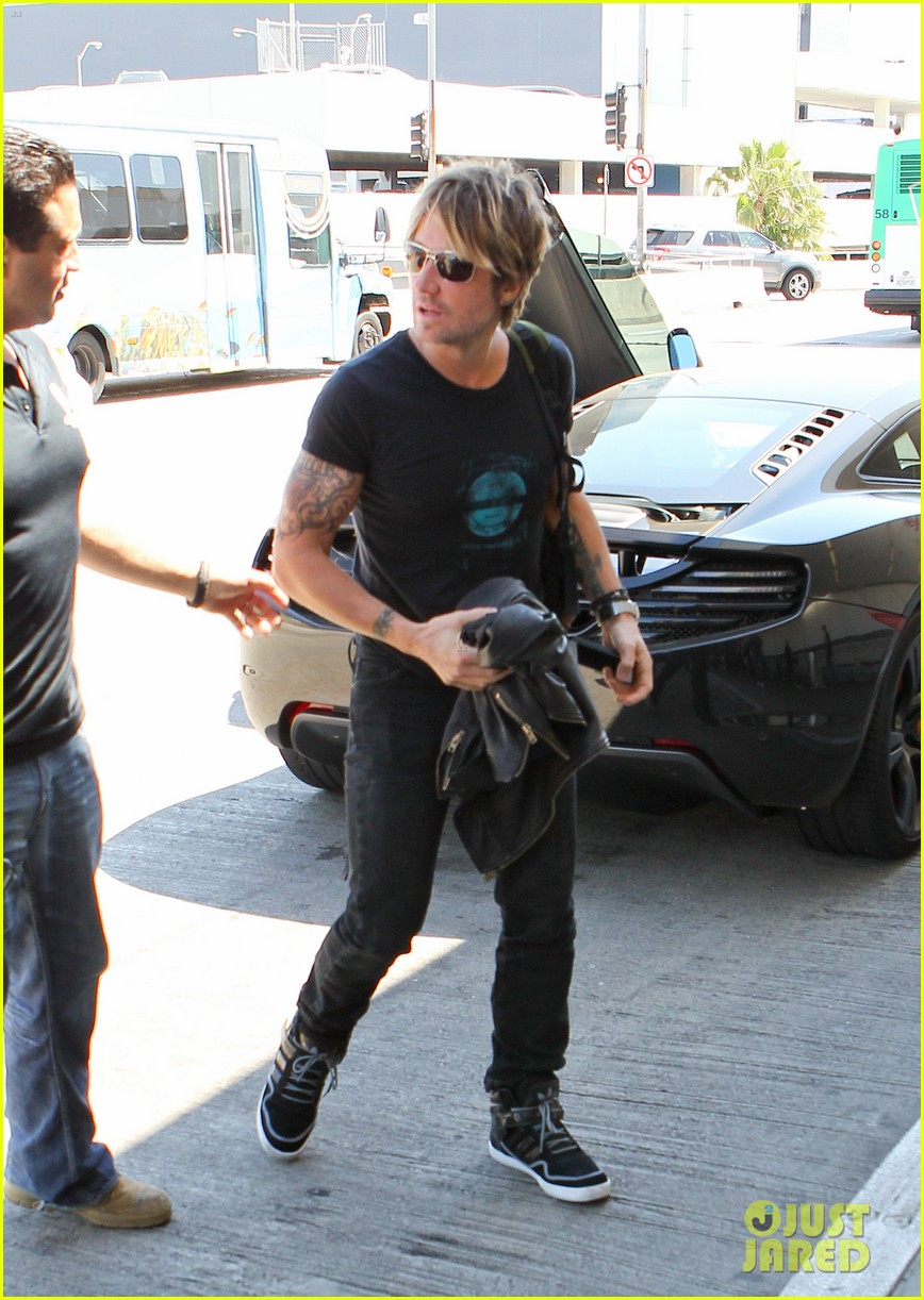 keith urban performs good thing on american idol watch now 043103908