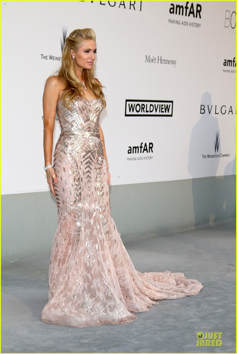 anne v high slit cannes amfar gala 10