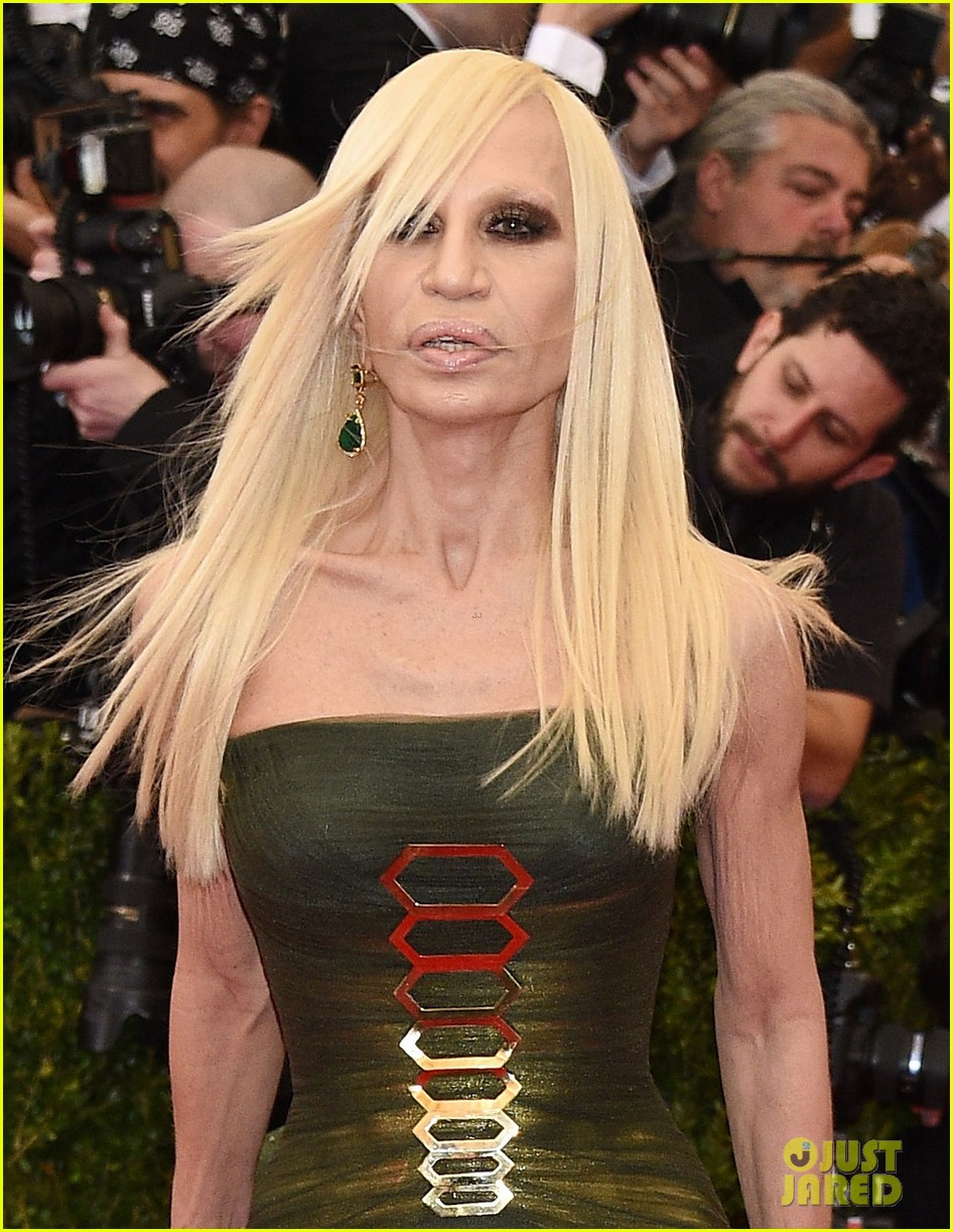 Full Sized Photo Of Donatella Versace Met Ball 2014 03