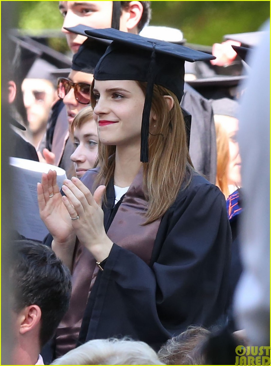 emma watson graduates brown university lit major053122084