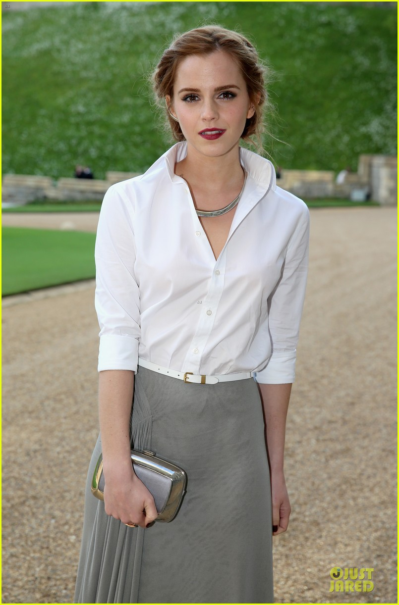 emma watson margot robbie royal marsden dinner 023112648