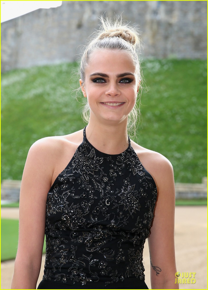 emma watson margot robbie royal marsden dinner 09