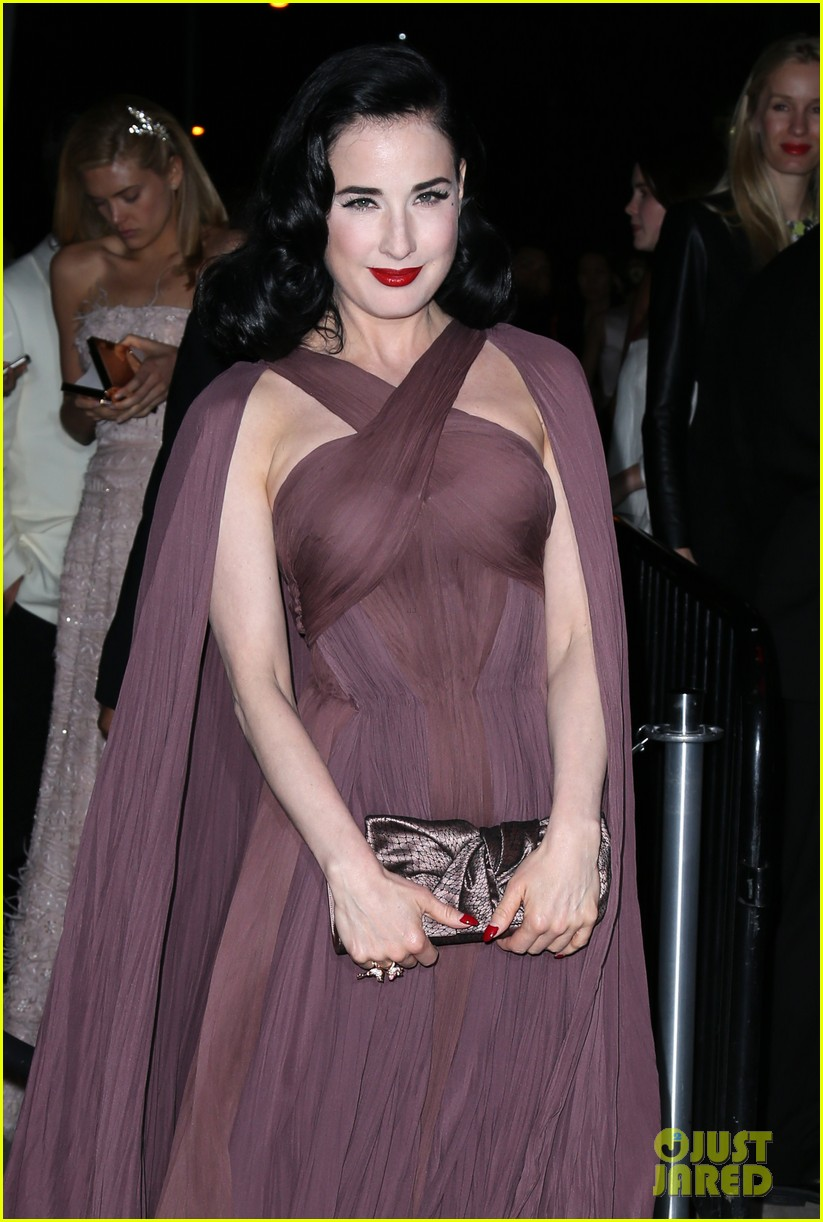 naomi watts dita von teese are party gals after met ball 2014 023106929