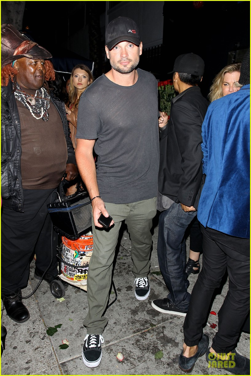 tom welling parties at warwick nightclub 063109967