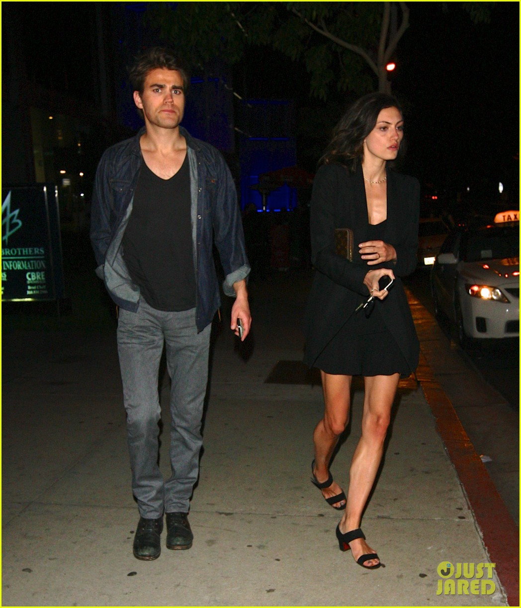 paul wesley phoebe tonkin date night 02