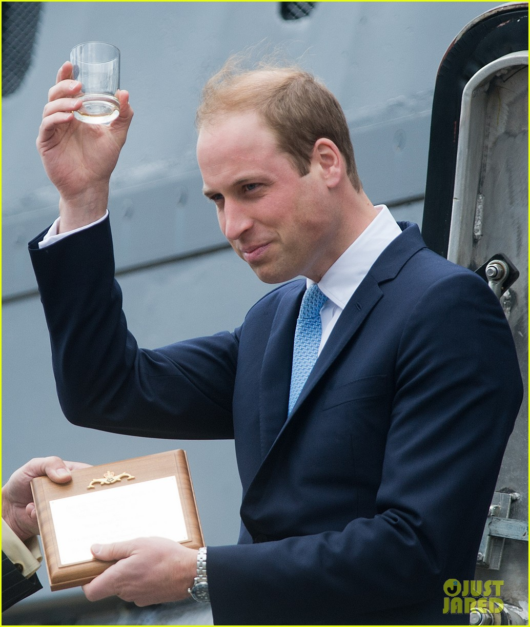 prince william knocks back scotch at royal navy museum 093111442