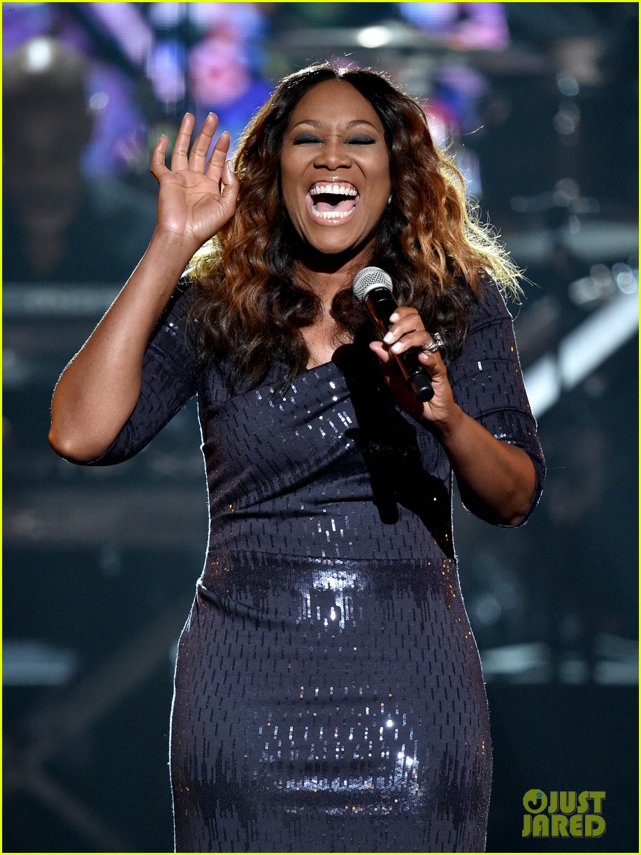 yolanda adams lionel richie bet awards 2014 01