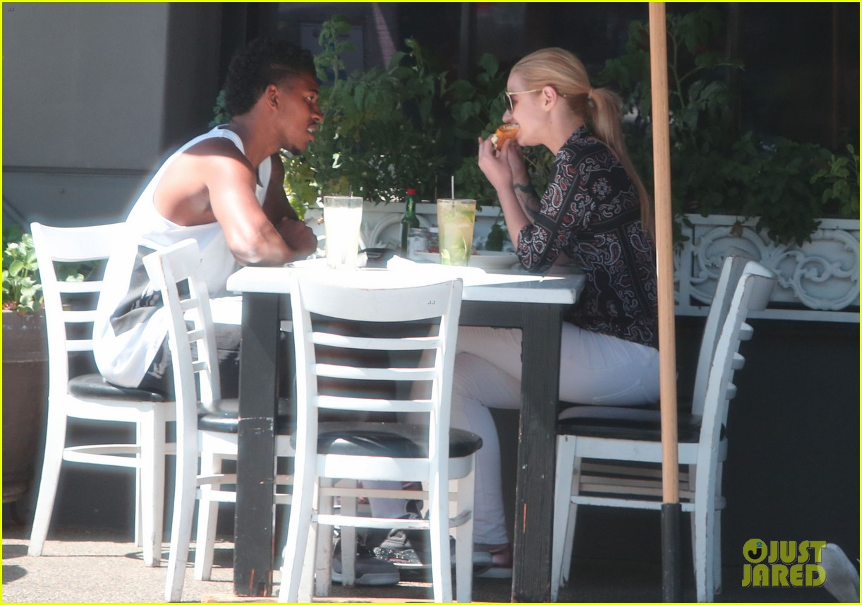 iggy azalea boyfriend nick young are one cute couple lunch 02