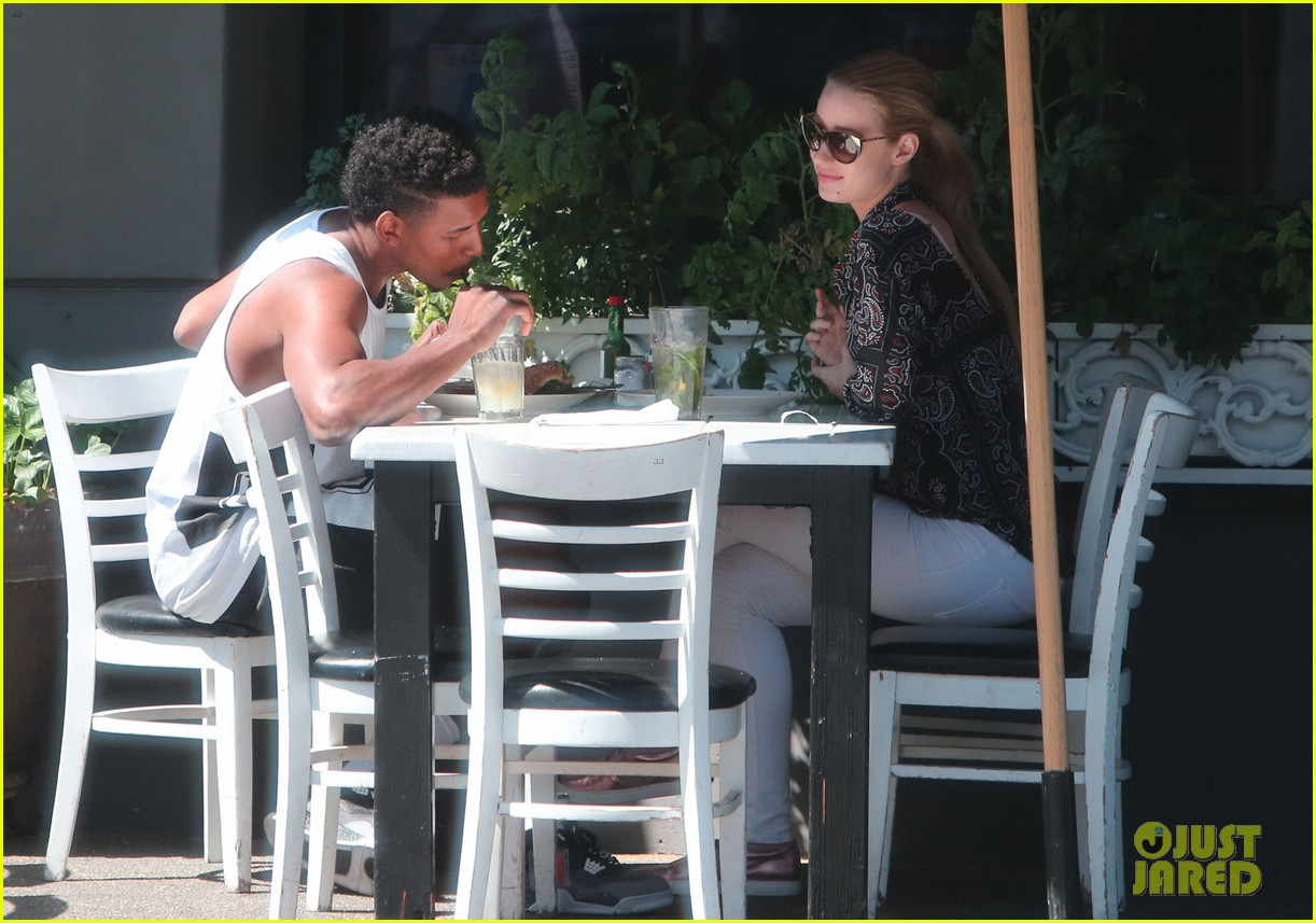 iggy azalea boyfriend nick young are one cute couple lunch 11