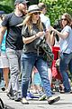 drew barrymore commutes in a hurry 05