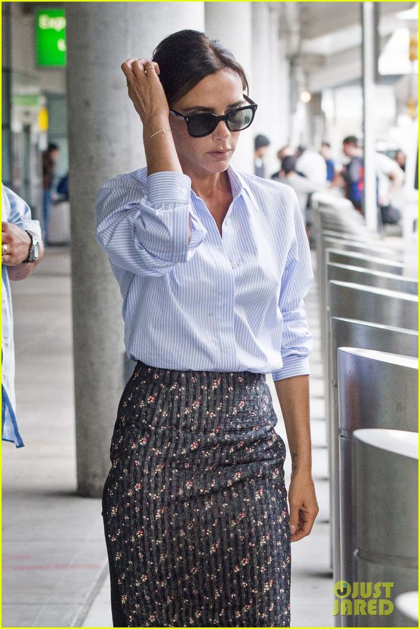 victoria beckham goes business chic for a flight 04