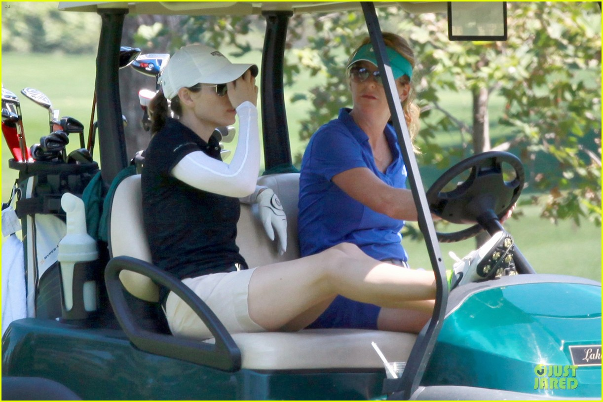 justin timberlake gets jessica biel to play golf 25