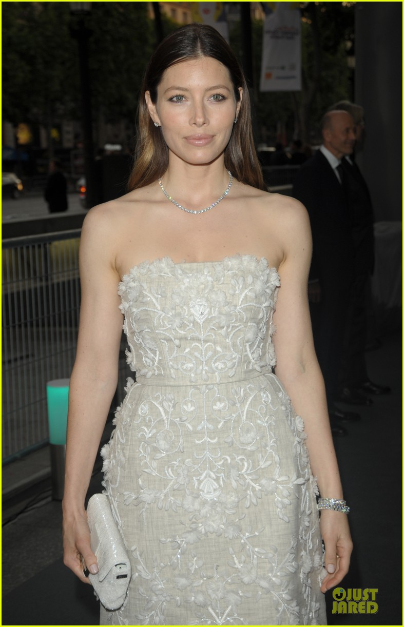 jessica biel hilary swank tiffany co store launch 073132563