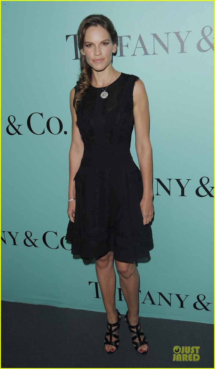 jessica biel hilary swank tiffany co store launch 15