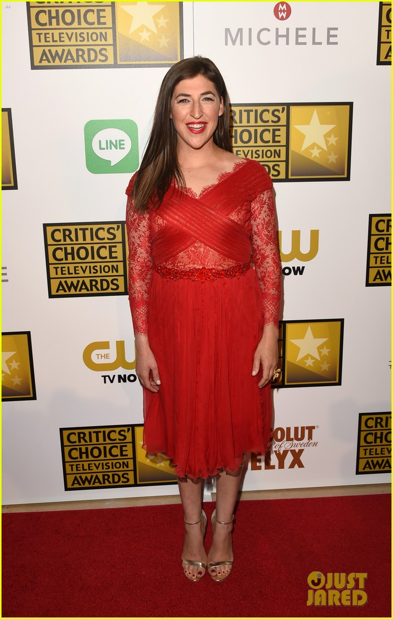 big bang theory critics choice tv awards 03