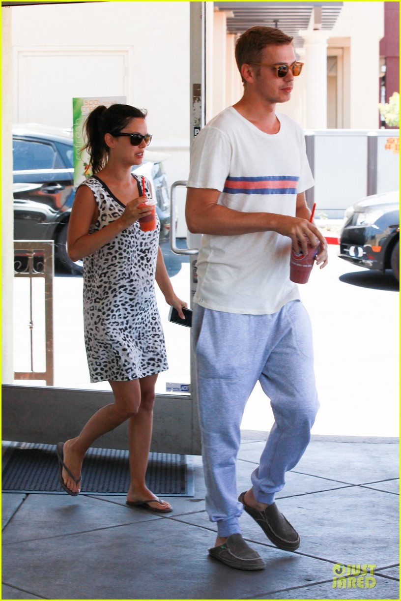 rachel bilson hayden christensen stay healthy with smoothies 083144906