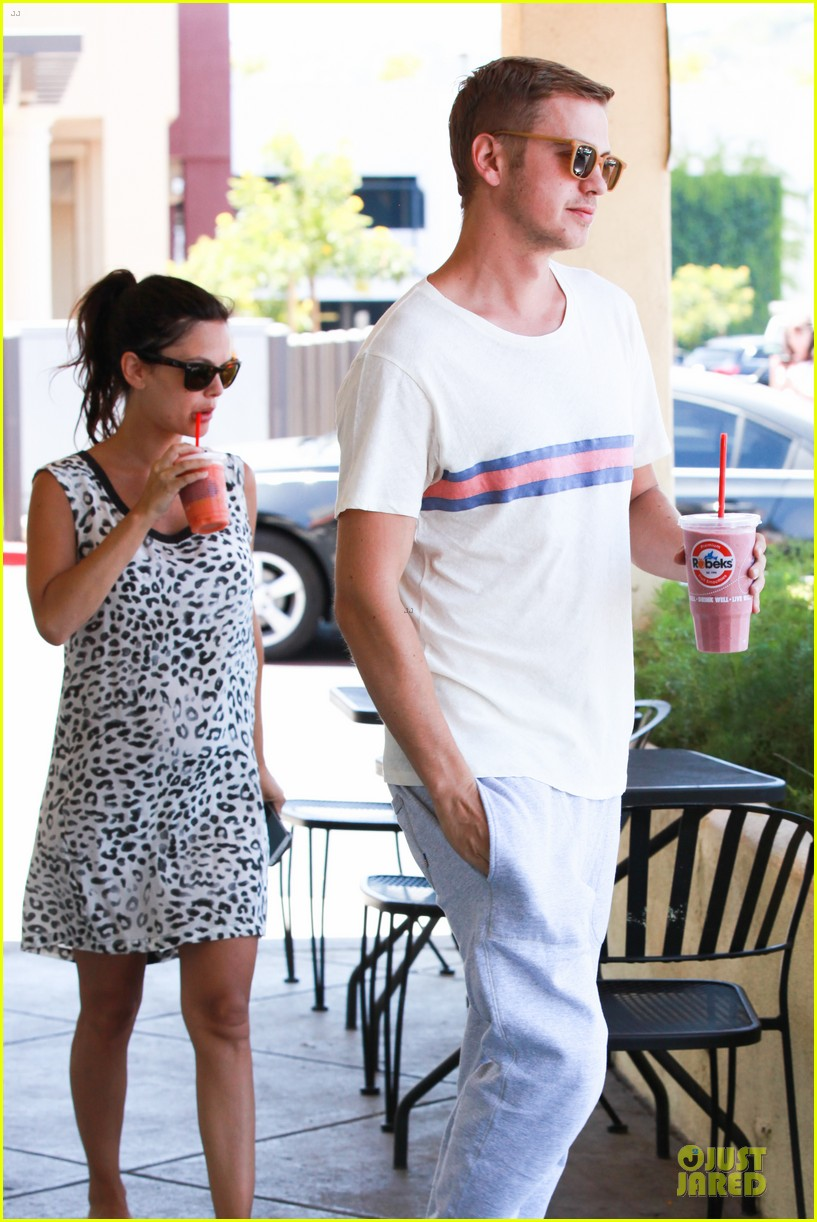 rachel bilson hayden christensen stay healthy with smoothies 103144908