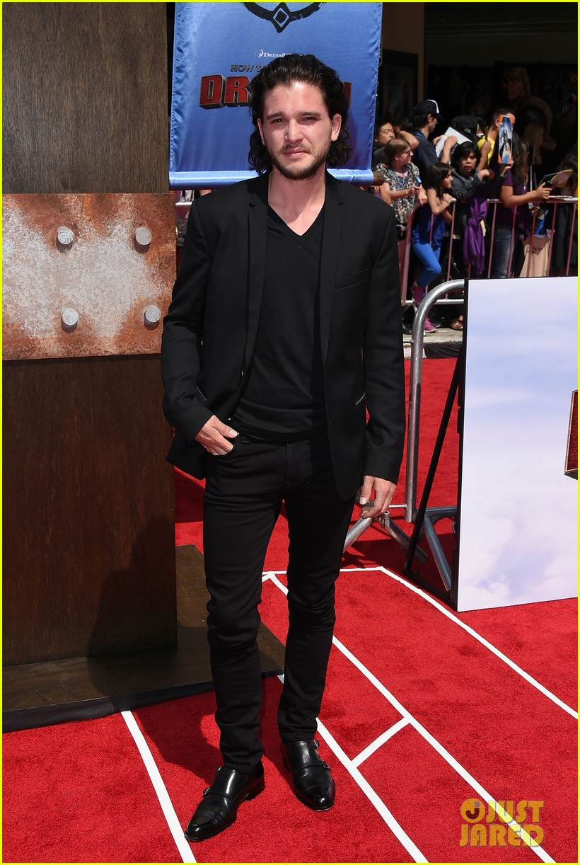 gerard butler kit harington how to train your dragon 2 premiere 03