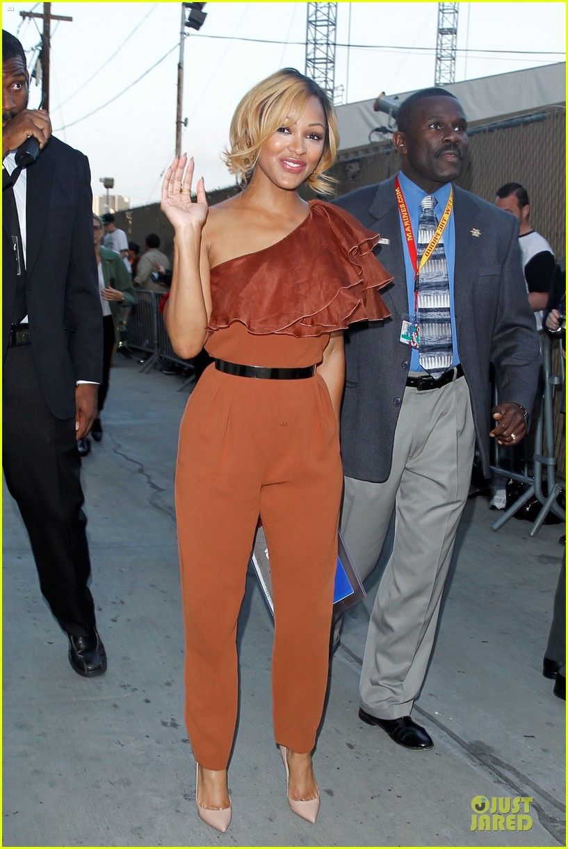 gerard butler meagan good picture at jimmy kimmel live 073132827