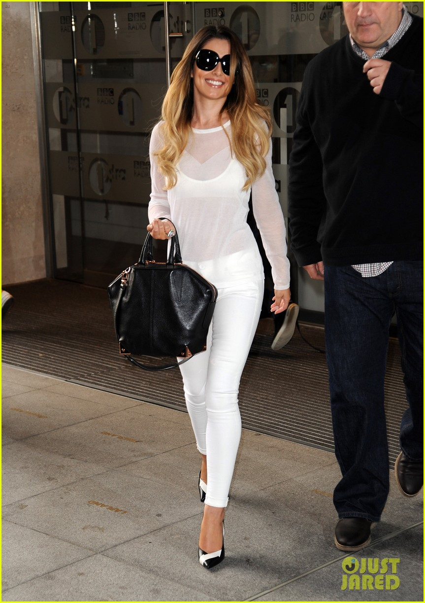 cheryl cole visits bbc radio 1 to premiere new single 043126324