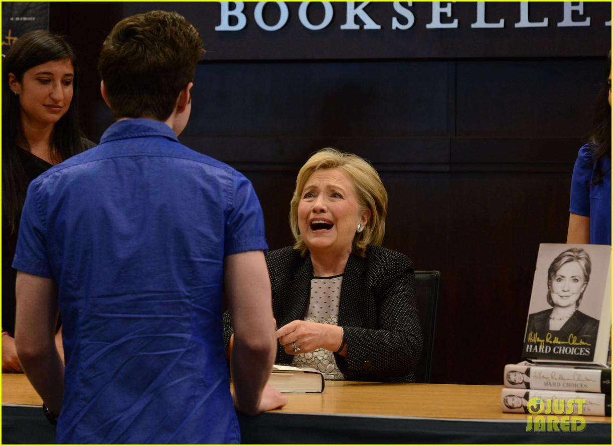 chris colfer hilary clinton book signing 07