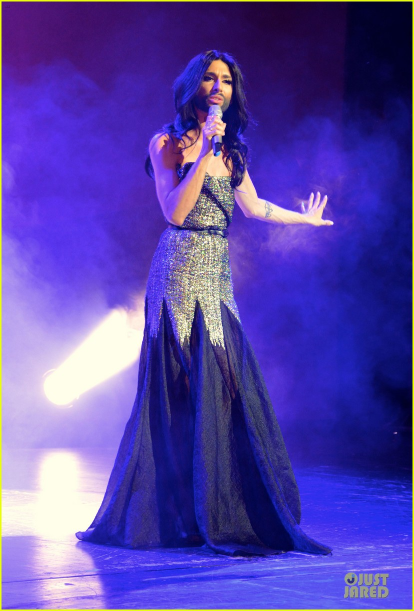 conchita wurst christopher street day gala 123140454