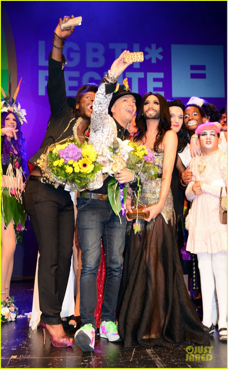 conchita wurst christopher street day gala 163140458