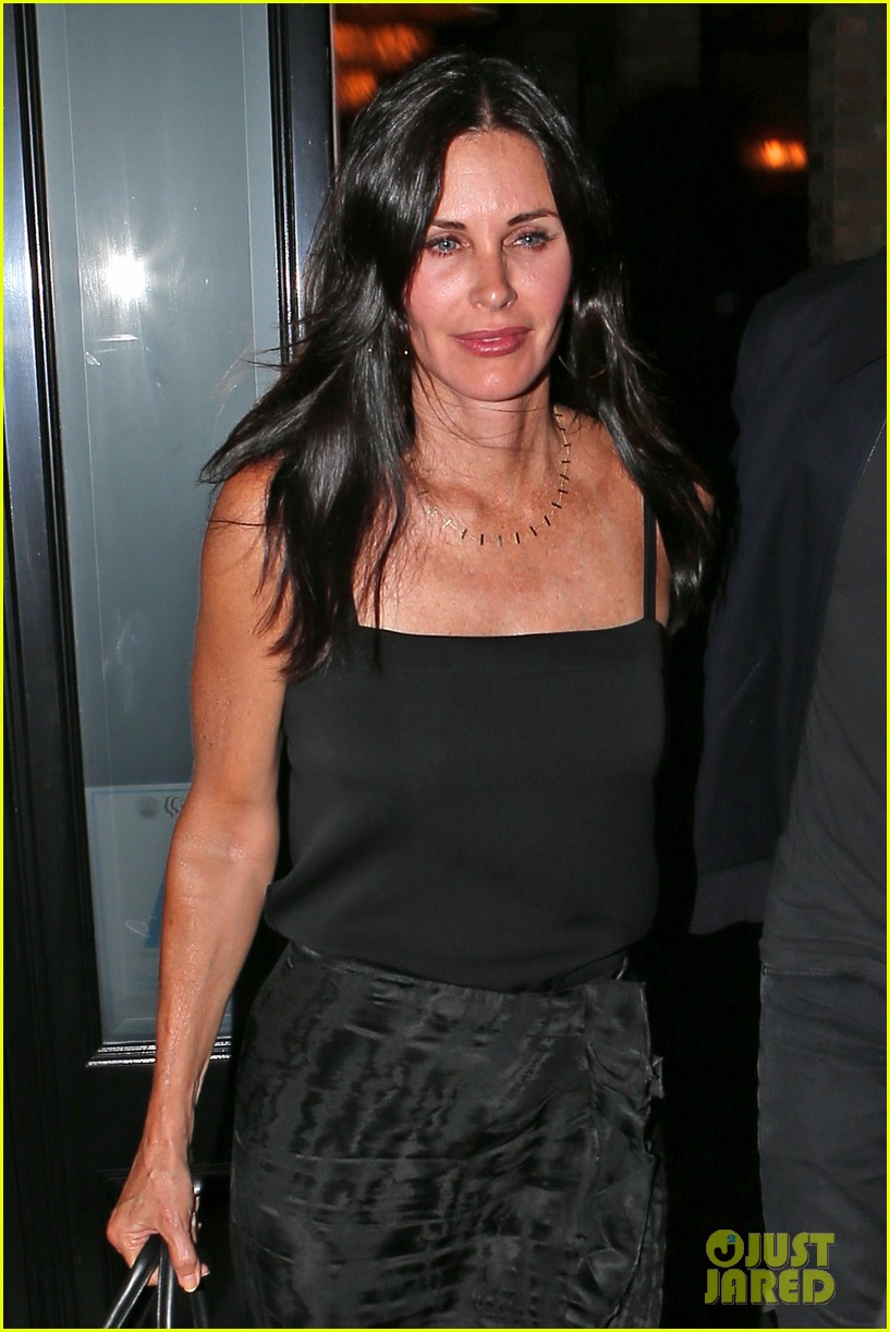 courteney cox johnny mcdaid go on lunch date dinner date 11