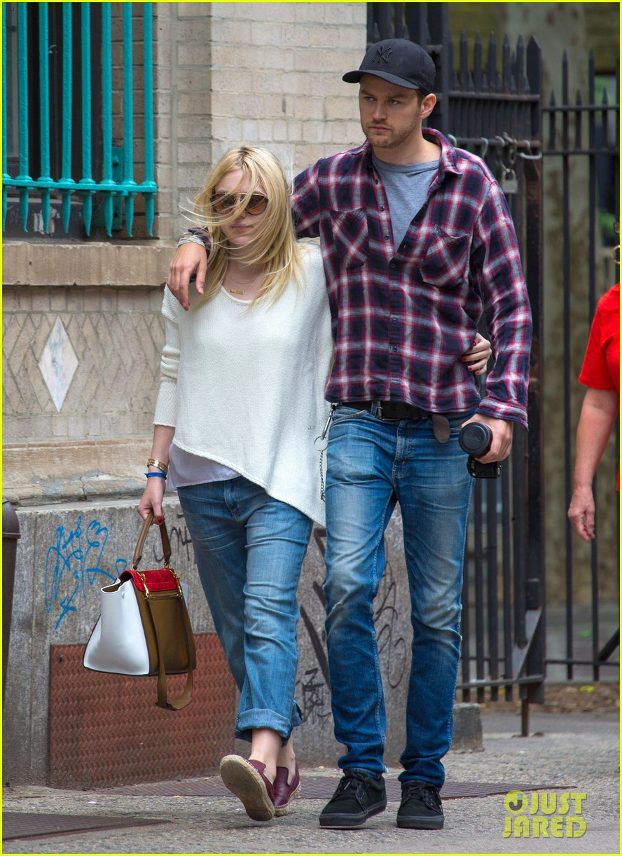 dakota fanning jamie strachan inseparable nyc 103139199