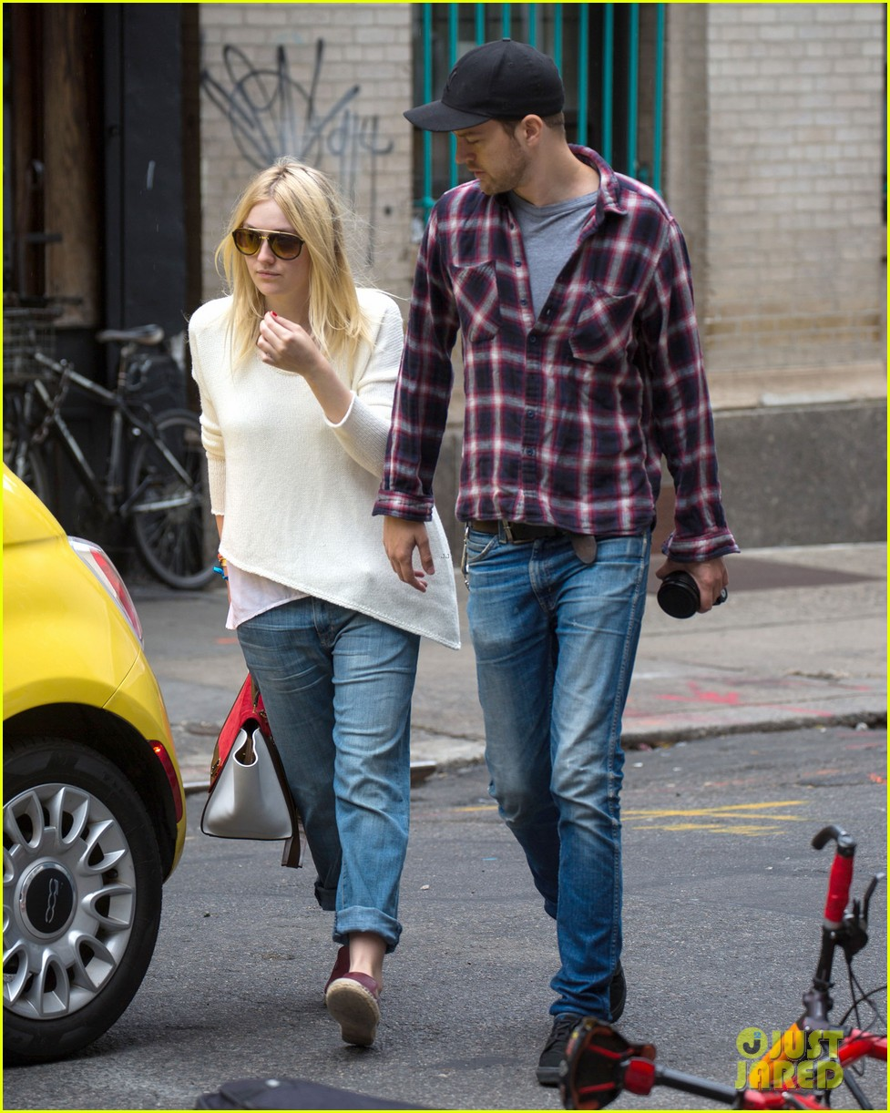 dakota fanning jamie strachan inseparable nyc 113139200