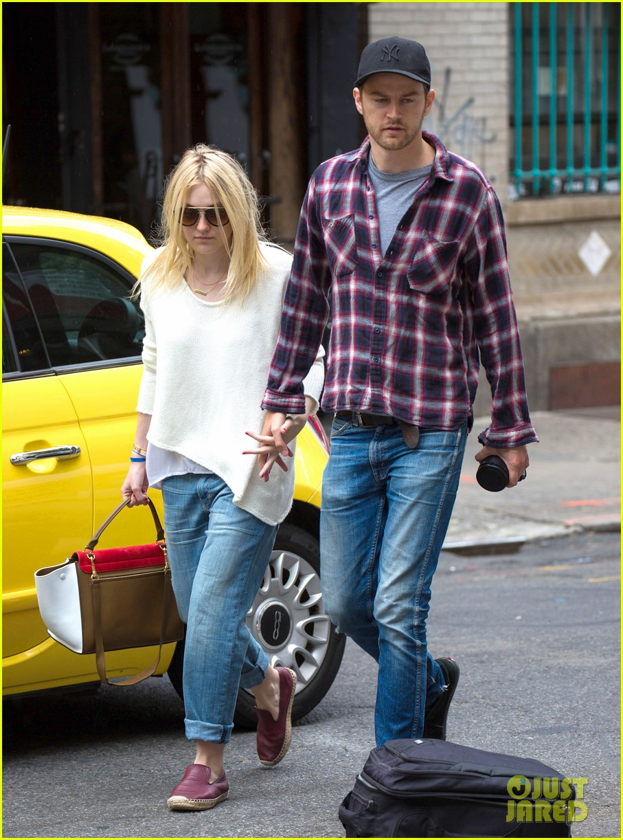 dakota fanning jamie strachan inseparable nyc 123139201