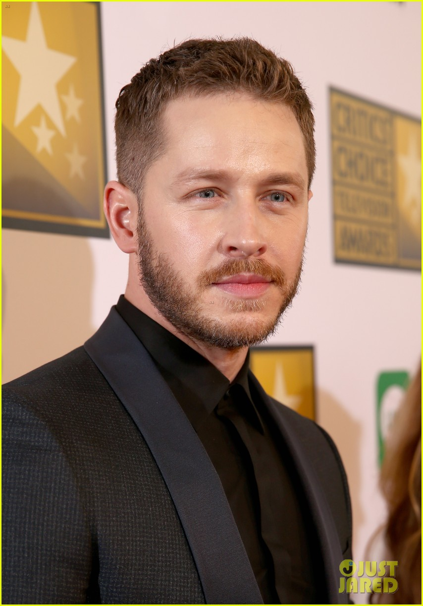 josh dallas colton haynes critics choice tv awards 2014 103139309