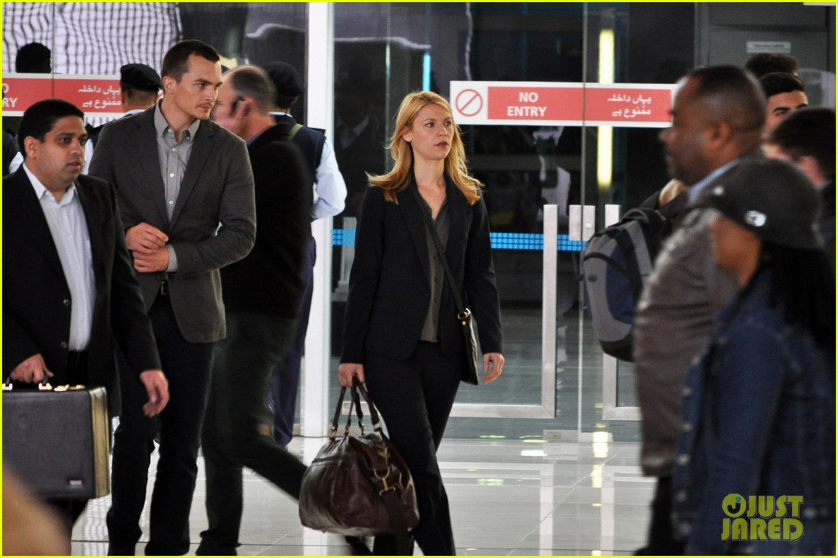 claire danes rupert friend film homeland season 4 in cape town 05