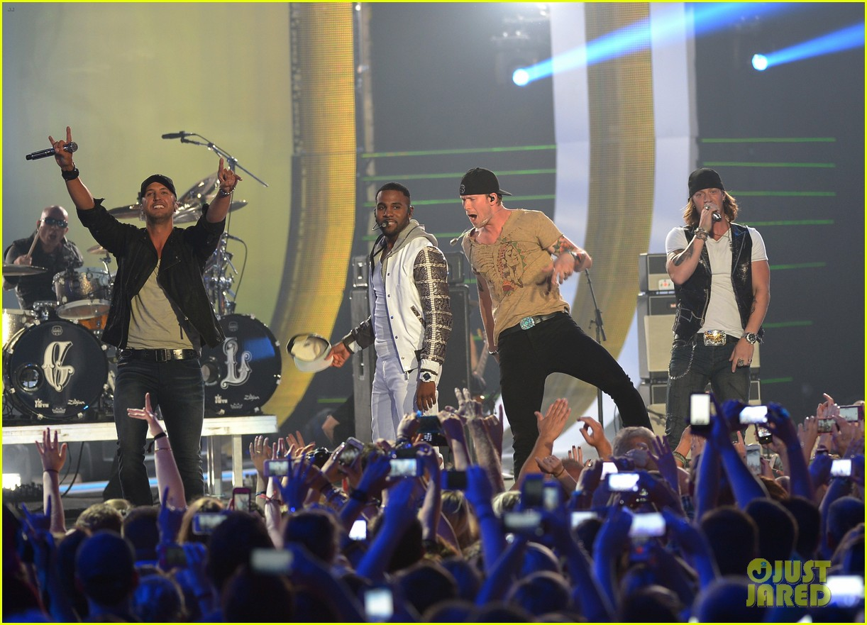jason derulo cmt music awards 2014 09